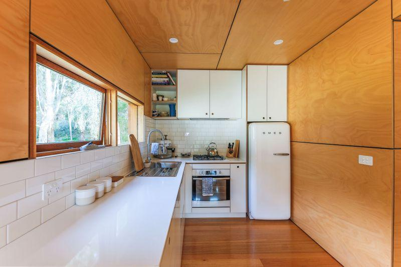 Amazing-Shipping-Container-Home-That-Will-Make-You-Wonder_3.jpg